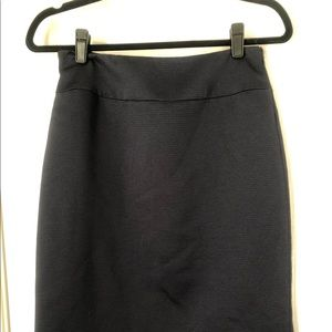 Alex Marie loose fitting straight skirt-size 2